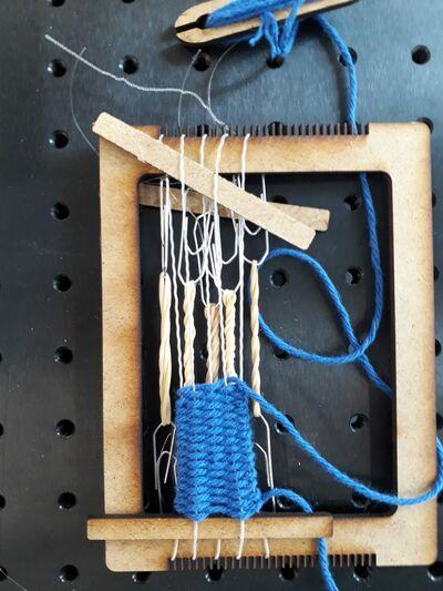docs/images/week18/weaving5.jpeg